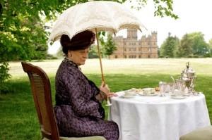 violet at tea