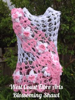 Blossoming Shawl pink daffodils 2